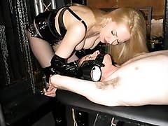 Finding His Limits - Classic Mistress/slave
